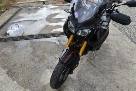 Covering sur mesure pour une moto Yamaha