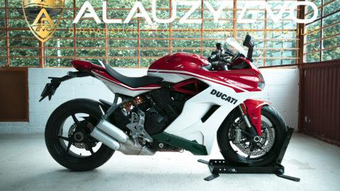 Total covering sur une Ducati SuperSport dernière génération