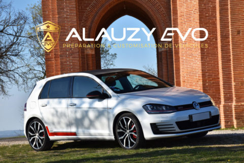 Covering Carbone et Customisation sur mesure pour Golf GTi